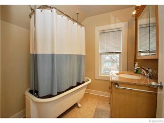 Photo 13: 345 Dumoulin Street in Winnipeg: St Boniface Residential for sale (South East Winnipeg)  : MLS®# 1608261