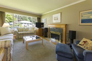 Photo 4: 945 VINEY Road in North Vancouver: Lynn Valley House for sale : MLS®# R2059288