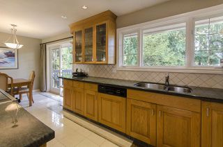 Photo 8: 945 VINEY Road in North Vancouver: Lynn Valley House for sale : MLS®# R2059288