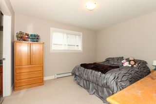 Photo 9: 27989 TRESTLE Avenue in Abbotsford: Aberdeen House for sale : MLS®# R2083139