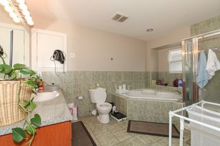 Photo 11: 27989 TRESTLE Avenue in Abbotsford: Aberdeen House for sale : MLS®# R2083139