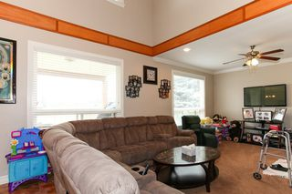 Photo 6: 27989 TRESTLE Avenue in Abbotsford: Aberdeen House for sale : MLS®# R2083139