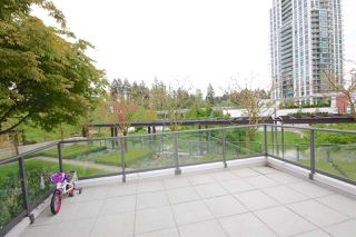 "Photo 2: 309 2982 BURLINGTON Drive in Coquitlam: North Coquitlam Condo for sale in ""Edgemont"" : MLS®# R2095897"