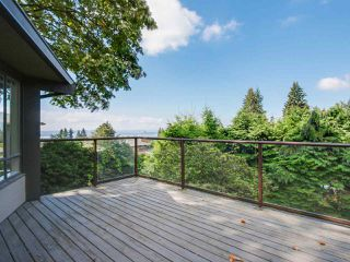Photo 6: 3889 DALKEITH Drive in North Vancouver: Upper Lonsdale House for sale : MLS®# R2098321