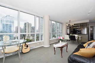 "Photo 9: 1003 833 SEYMOUR Street in Vancouver: Downtown VW Condo for sale in ""CAPITOL RESIDENCES"" (Vancouver West)  : MLS®# R2098588"