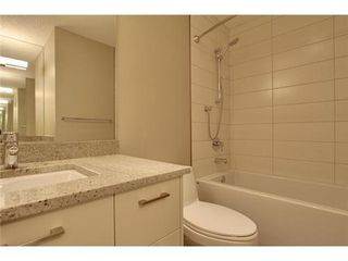 Photo 14: 2116 2 Avenue NW in Calgary: 3 Storey for sale : MLS®# C3541376