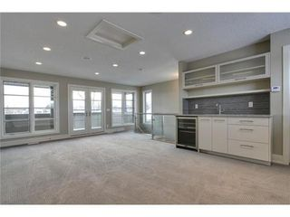 Photo 16: 2116 2 Avenue NW in Calgary: 3 Storey for sale : MLS®# C3541376