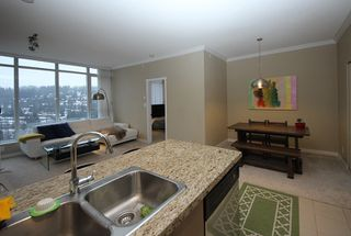 Photo 6: 2809 660 NOOTKA Way in Port Moody: Port Moody Centre Condo for sale : MLS®# R2128046