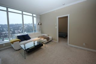 Photo 3: 2809 660 NOOTKA Way in Port Moody: Port Moody Centre Condo for sale : MLS®# R2128046
