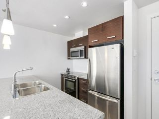 "Photo 5: 209 2957 GLEN Drive in Coquitlam: North Coquitlam Condo for sale in ""THE PARC"" : MLS®# R2163808"