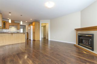 """Photo 3: 16 5051 203 Street in Langley: Langley City Townhouse for sale in """"Meadowbrook Estates"""" : MLS®# R2163676"""