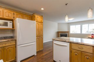 """Photo 6: 16 5051 203 Street in Langley: Langley City Townhouse for sale in """"Meadowbrook Estates"""" : MLS®# R2163676"""