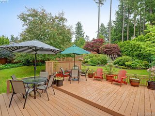Photo 17: 4451 Autumnwood Lane in VICTORIA: SE Broadmead House for sale (Saanich East)  : MLS®# 762926