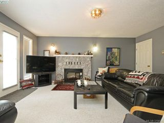 Photo 15: 4451 Autumnwood Lane in VICTORIA: SE Broadmead House for sale (Saanich East)  : MLS®# 762926
