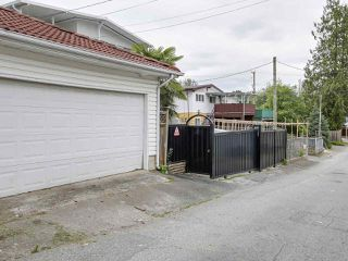 Photo 8: 3248 E 7TH Avenue in Vancouver: Renfrew VE House for sale (Vancouver East)  : MLS®# R2182866