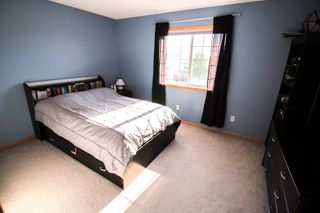 Photo 11: Southland Park Family Home For Sale In Winnipeg