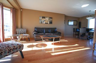 Photo 2: Southland Park Family Home For Sale In Winnipeg