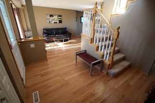 Photo 5: Southland Park Family Home For Sale In Winnipeg