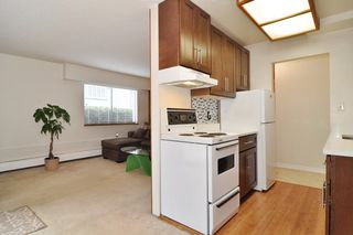 "Photo 6: 103 436 SEVENTH Street in New Westminster: Uptown NW Condo for sale in ""REGENCY COURT"" : MLS®# R2212227"