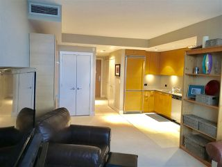 "Photo 2: 305 15152 RUSSELL Avenue: White Rock Condo for sale in ""Miramar"" (South Surrey White Rock)  : MLS®# R2214181"