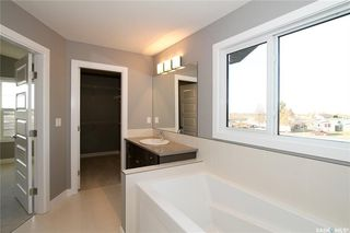 Photo 13: 4015 Diefenbaker Terrace in Saskatoon: Kensington Residential for sale : MLS®# SK711122
