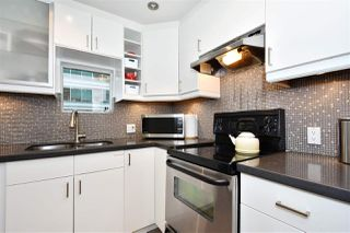 "Photo 7: 1101 1166 MELVILLE Street in Vancouver: Coal Harbour Condo for sale in ""ORCA PLACE"" (Vancouver West)  : MLS®# R2235452"