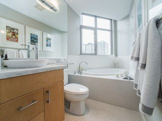 """Photo 12: 906 1050 SMITHE Street in Vancouver: West End VW Condo for sale in """"THE STERLING"""" (Vancouver West)  : MLS®# R2237107"""