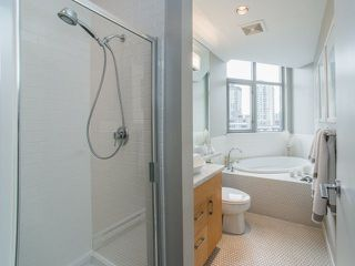 """Photo 11: 906 1050 SMITHE Street in Vancouver: West End VW Condo for sale in """"THE STERLING"""" (Vancouver West)  : MLS®# R2237107"""