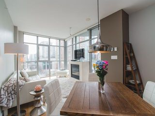 """Photo 4: 906 1050 SMITHE Street in Vancouver: West End VW Condo for sale in """"THE STERLING"""" (Vancouver West)  : MLS®# R2237107"""
