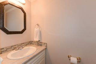"Photo 9: 30 11771 KINGFISHER Drive in Richmond: Westwind Townhouse for sale in ""SOMERSET MEWS"" : MLS®# R2243106"