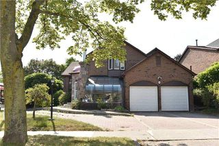 Photo 1: 13 Ravenscroft Road in Ajax: Central West House (2-Storey) for sale : MLS®# E4057474