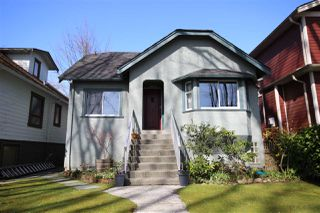"Photo 1: 2133 E 7TH Avenue in Vancouver: Grandview VE House for sale in ""COMMERCIAL DRIVE"" (Vancouver East)  : MLS®# R2255156"