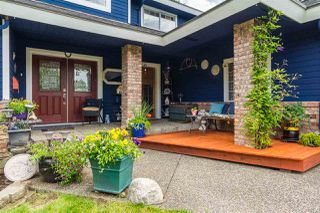 Photo 2: 7478 150A Street in Surrey: East Newton House for sale : MLS®# R2281328