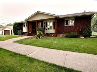 Main Photo: 4604 120 Avenue in Edmonton: Zone 23 House for sale : MLS®# E4126062