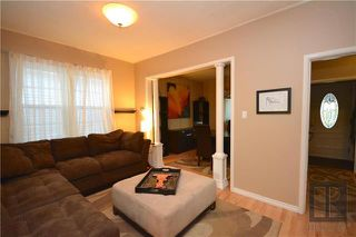 Photo 6: 497 Beresford Avenue in Winnipeg: Lord Roberts Residential for sale (1Aw)  : MLS®# 1823178