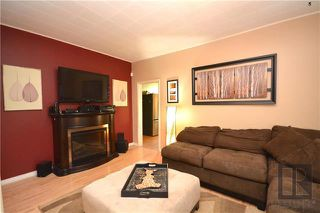 Photo 8: 497 Beresford Avenue in Winnipeg: Lord Roberts Residential for sale (1Aw)  : MLS®# 1823178