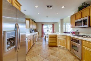 Photo 7: CHULA VISTA House for sale : 5 bedrooms : 1327 South Hills Dr