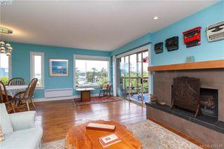 Photo 2: 43 933 ADMIRALS Rd in VICTORIA: Es Esquimalt Row/Townhouse for sale (Esquimalt)  : MLS®# 802502