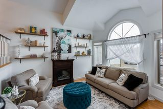 Photo 2: 164 CITADEL Manor NW in Calgary: Citadel Detached for sale : MLS®# C4221388
