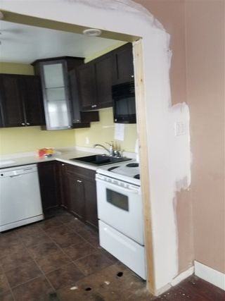 Photo 5: 11835 51 Street in Edmonton: Zone 06 House for sale : MLS®# E4139962