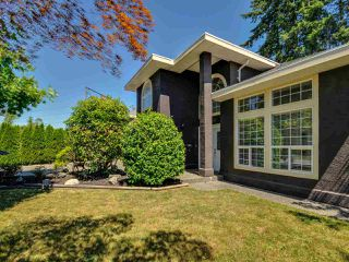 """Photo 1: 5812 185A Street in Surrey: Cloverdale BC House for sale in """"Cloverdale Hilltop"""" (Cloverdale)  : MLS®# R2335126"""