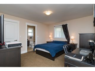"""Photo 16: 2114 INDIAN FORT Drive in Surrey: Crescent Bch Ocean Pk. House for sale in """"Ocean Park"""" (South Surrey White Rock)  : MLS®# R2346213"""