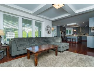 """Photo 8: 2114 INDIAN FORT Drive in Surrey: Crescent Bch Ocean Pk. House for sale in """"Ocean Park"""" (South Surrey White Rock)  : MLS®# R2346213"""