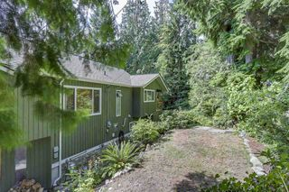 Photo 20: 300 BEAVER Road in North Vancouver: Upper Delbrook House for sale : MLS®# R2362944