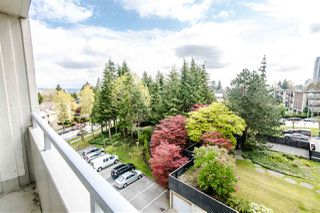 """Photo 2: 607 4160 SARDIS Street in Burnaby: Central Park BS Condo for sale in """"Central Park Place"""" (Burnaby South)  : MLS®# R2363386"""