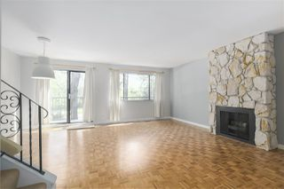 Photo 2: 7347 CORONADO Drive in Burnaby: Montecito Townhouse for sale (Burnaby North)  : MLS®# R2364748