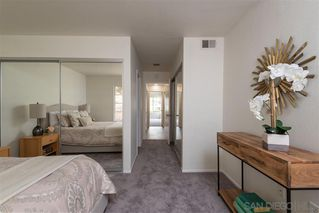 Photo 8: PACIFIC BEACH Condo for sale : 2 bedrooms : 4829 Bella Pacific Row #117 in San Diego