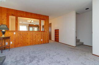 Photo 3: 945 Inskip Street in VICTORIA: Es Kinsmen Park Half Duplex for sale (Esquimalt)  : MLS®# 410578