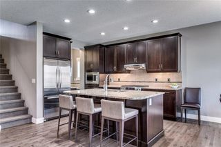 Photo 4: 173 WEST COACH Place SW in Calgary: West Springs Detached for sale : MLS®# C4248234