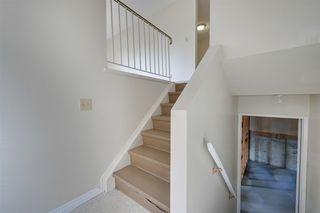 Photo 11: 1314 39 Street in Edmonton: Zone 29 House Half Duplex for sale : MLS®# E4161252